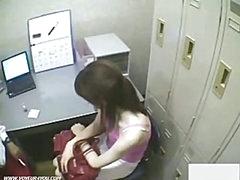 Japanse Hotty Shoplifter